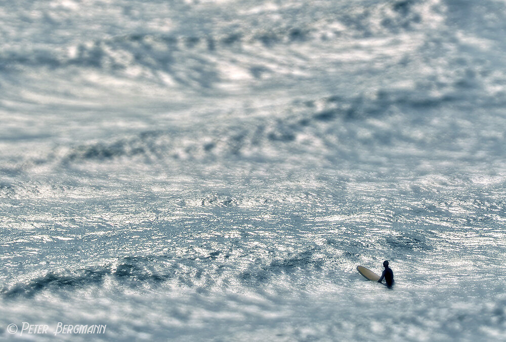 »waiting for the wave«